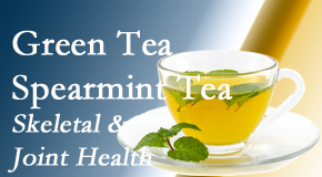 Aaron Chiropractic Clinic shares the benefits of green tea on skeletal health, a bonus for our Fort Wayne chiropractic patients.